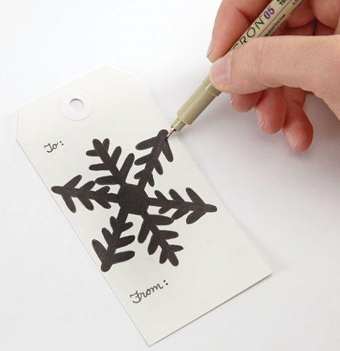 Handmade gift tag ideas - Doodled Snowflake