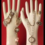 1541.nunn_2D00_jewelry.gif