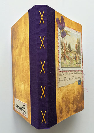 Try a variety of bindings with this mini book, for one, two, or three signatures.